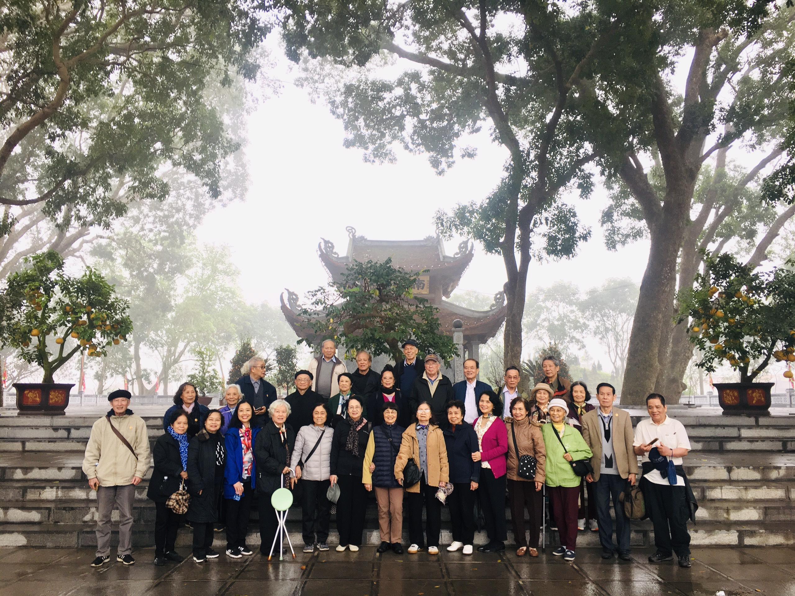 Lăng Kinh Dương Vương- Chùa Bút Tháp- Làng Tranh Đông Hồ